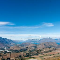 Looking back to Queenstown, Remarkables on the left.