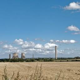 Didcot Power Station from Cow Lane