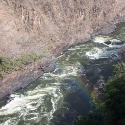 Next day at the Falls, a touch of sunshine and a rainbow in the gorge